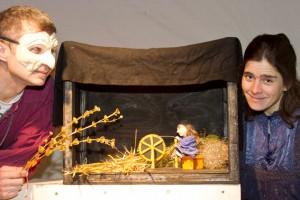 """In """"Rumpelstilzchen neu erzählt"""" ist die Geschichte kein Gruselmärchen, sondern eine kindgerechte Inszenierung über den Umgang mit Wut. Bild: Tameer Gunnar Eden/Eifeler Presse Agentur/epa"""